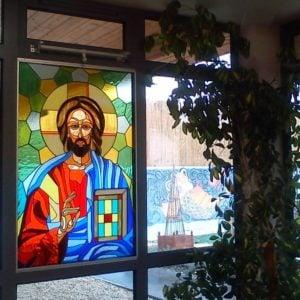 witrazowe okno